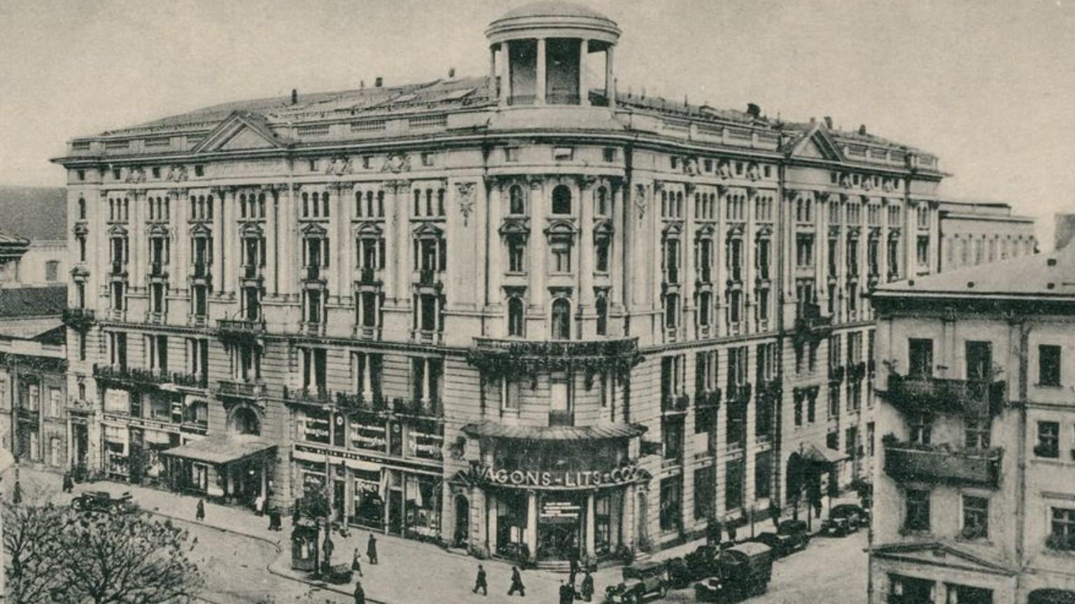 Zdjęcie dla kartki: Położenie kamienia węgielnego pod budowę hotelu Bristol