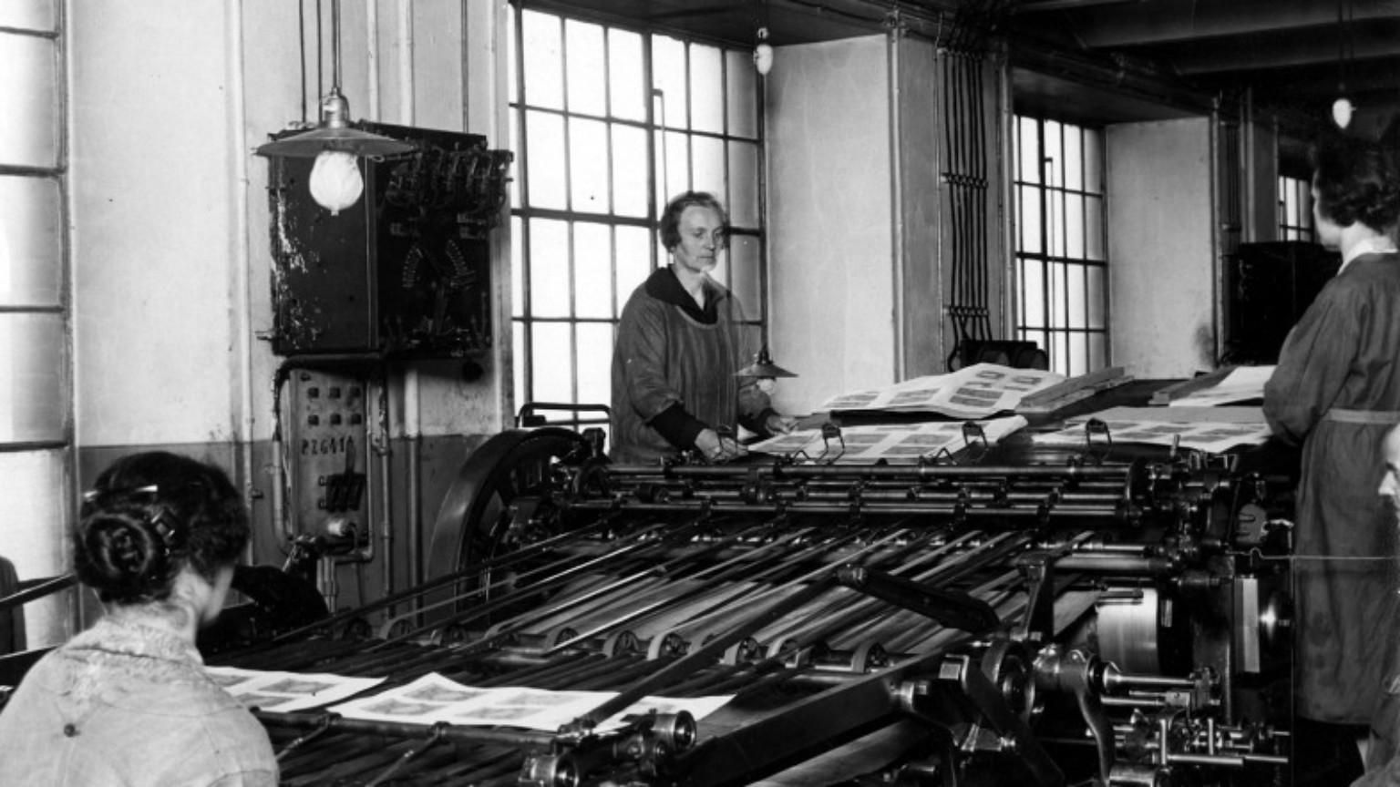 Zdjęcie dla kartki: Warszawskie robotnice w II Rzeczpospolitej