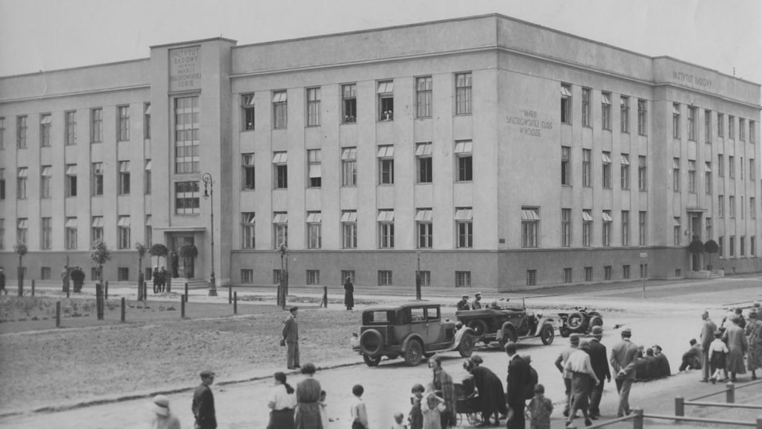 Zdjęcie dla kartki: Otwarcie Instytutu Radowego przy Wawelskiej