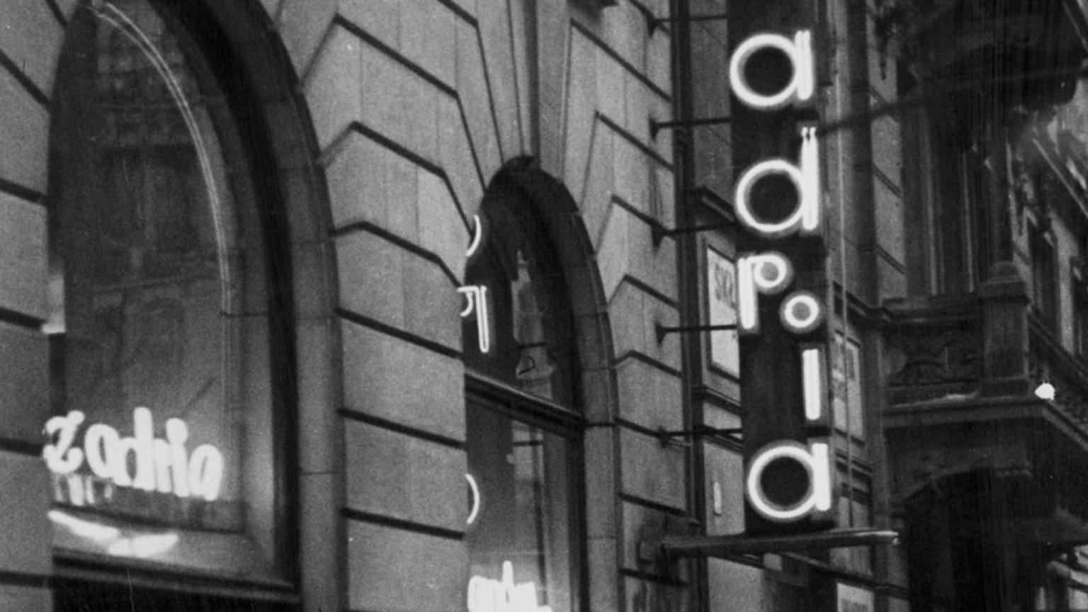 Zdjęcie dla kartki: Jan Kryst dokonuje zamachu w Adrii