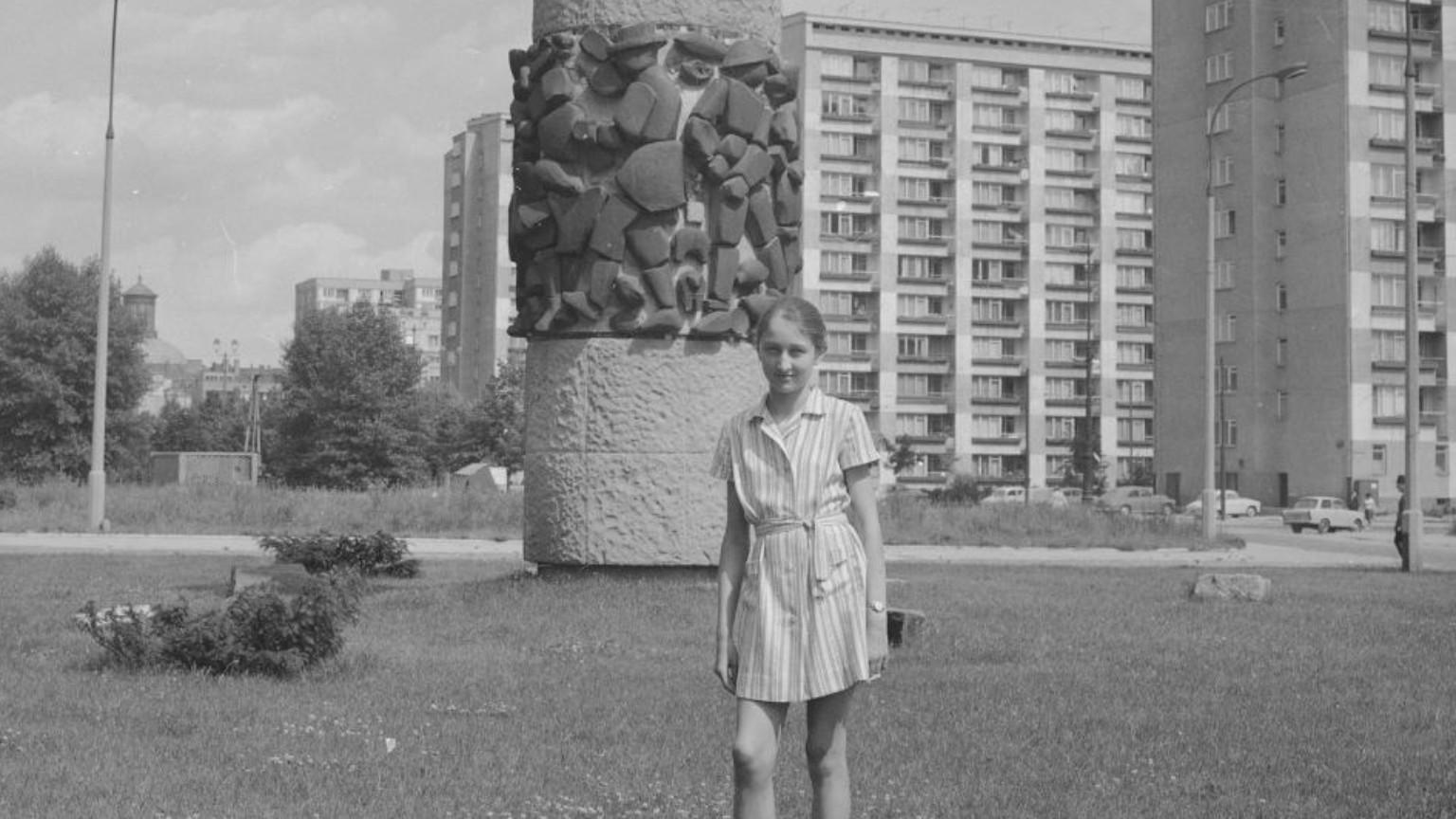 Zdjęcie dla kartki: Pomnik Czynu Chłopskiego przy Grzybowskiej