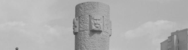 Zdjęcie do artykułu: Pomnik Czynu Chłopskiego przy Grzybowskiej