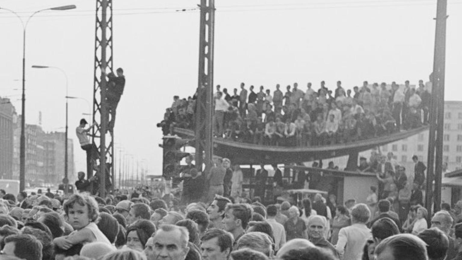 Zdjęcie dla kartki: Warszawa wita De Gaulle'a