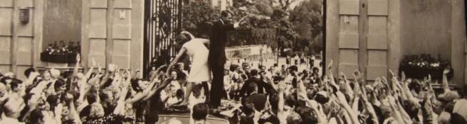 Zdjęcie do artykułu: Robert Kennedy zdobywa serca warszawiaków