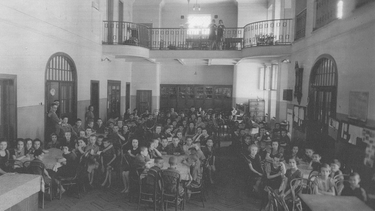 Zdjęcie dla kartki: Ostatnia droga Janusza Korczaka i jego podopiecznych