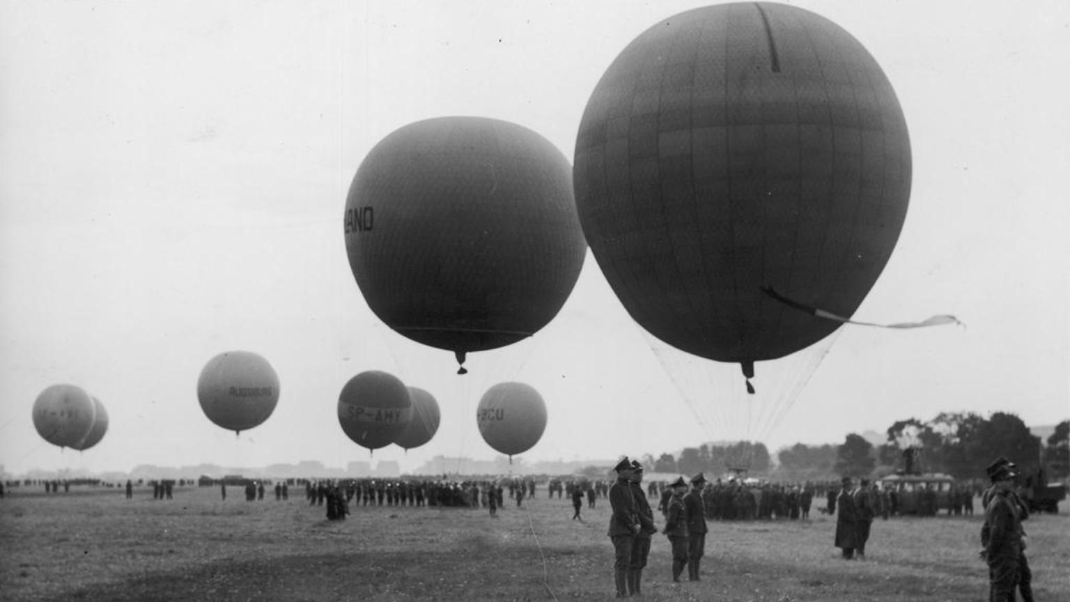 Zdjęcie dla kartki: Rozpoczęcie 24. Międzynarodowych zawodów balonowych o puchar Gordona Bennetta