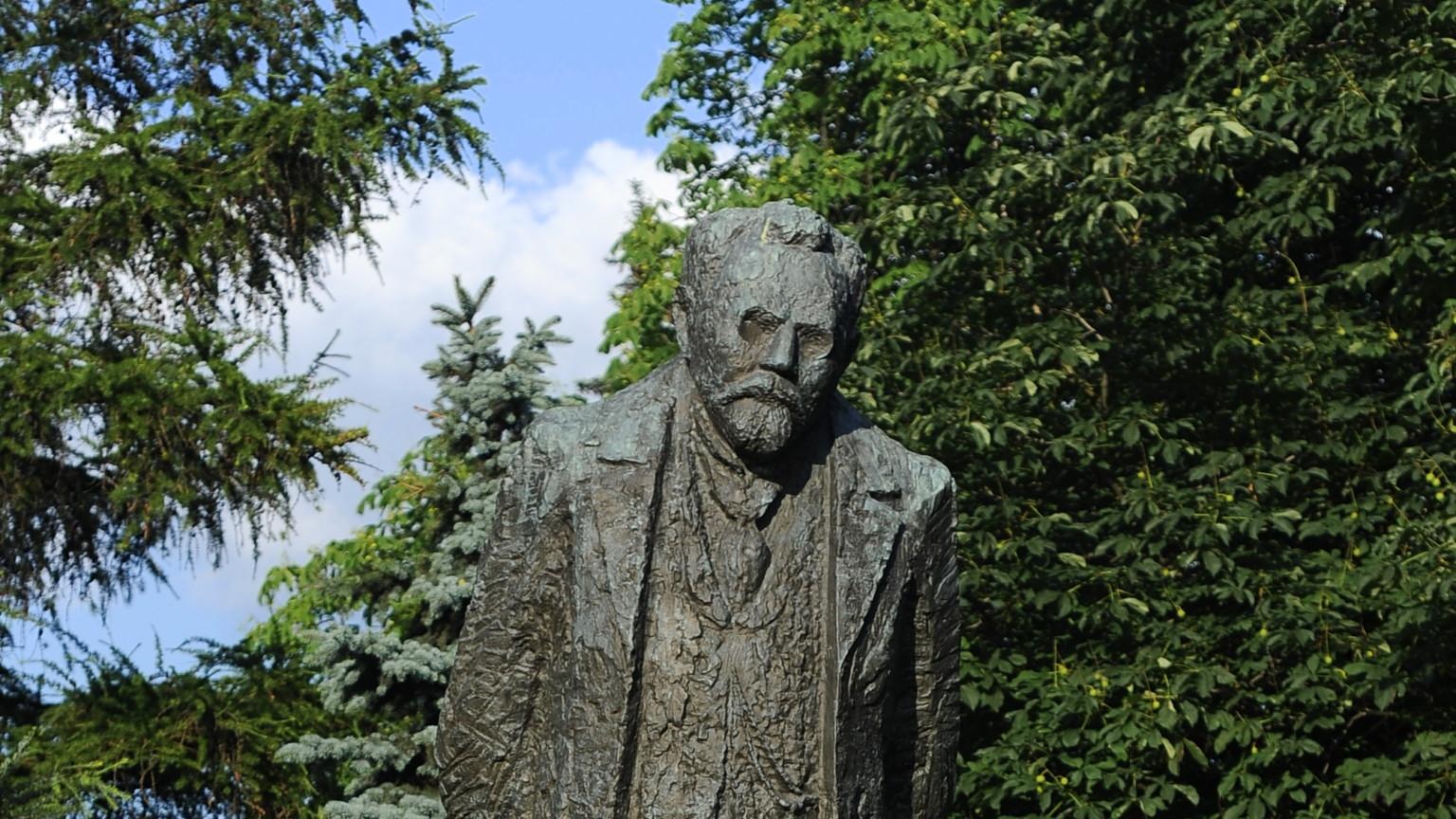 Zdjęcie dla kartki: Odsłonięcie pomnika Bolesława Prusa