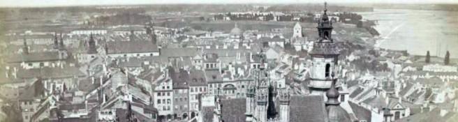 Zdjęcie do artykułu: Konrad Brandel wykonuje fotograficzną panoramę Warszawy