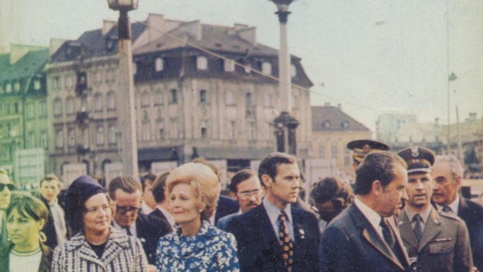 Zdjęcie dla kartki: Prezydent Nixon pod kolumną Zygmunta
