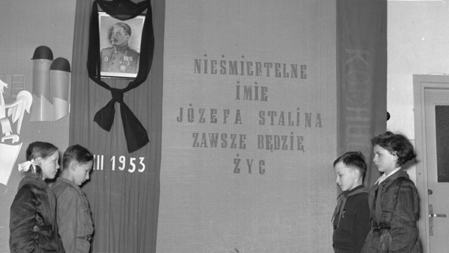 Zdjęcie dla kartki: Żałoba po śmierci Stalina
