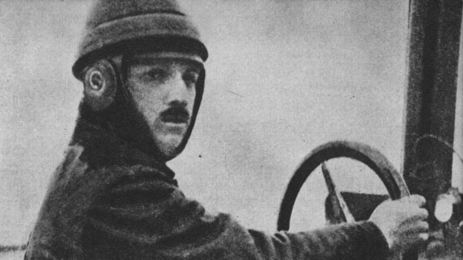 Zdjęcie dla kartki: Pierwszy przelot samolotu nad Warszawą