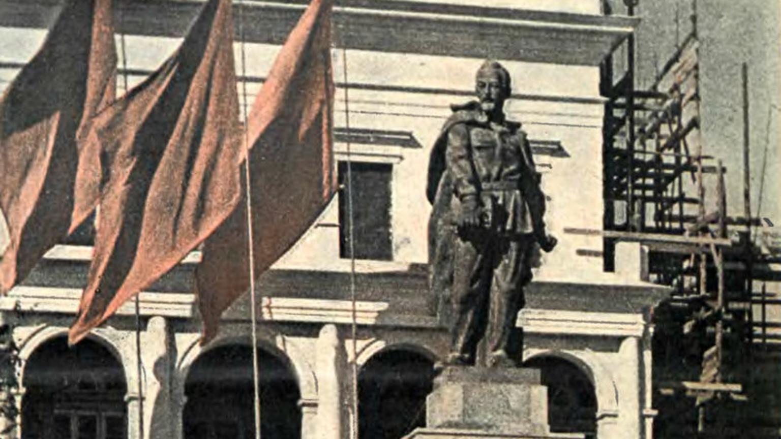 """Zdjęcie dla kartki: """"Zbezczeszczenie"""" pomnika Krwawego Feliksa"""