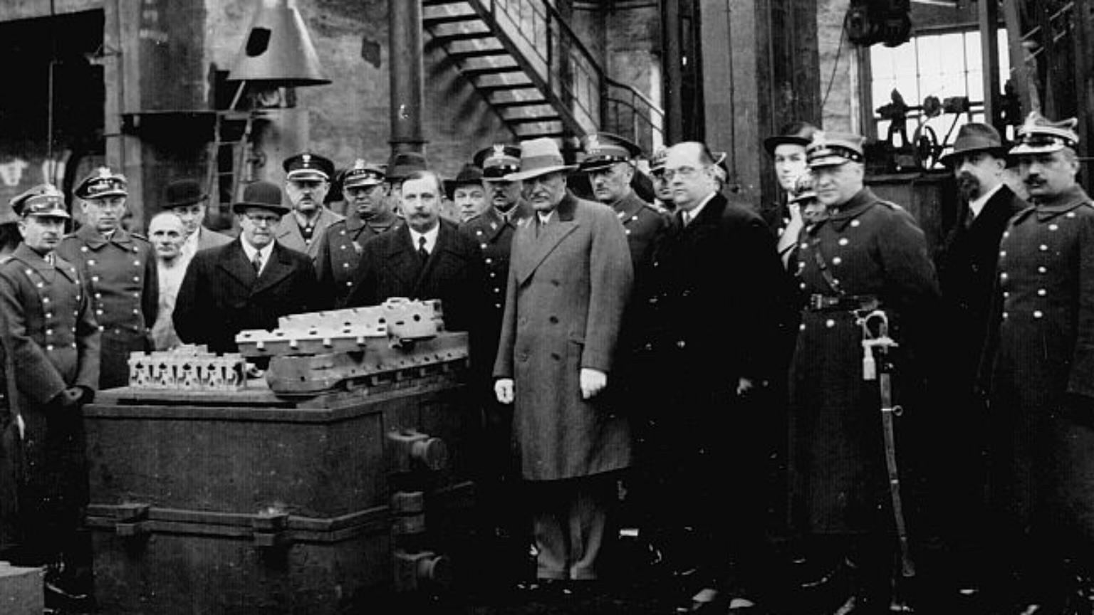 Zdjęcie dla kartki: Pierwsza partia samochodów ciężarowych Ursus